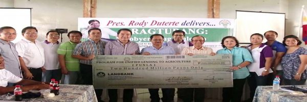 Department of Agriculture (DA) Secretary and ACPC Chair Emmanuel F. Pinol, together with Agricultural Credit Policy Council (ACPC) Executive Director Jocelyn Alma R. Badiola launched the Program for Unified Lending to Agriculture Special Lending Facility for Marginal Farmers and Fisherfolk (PUNLA) in Catarman, Northern Samar and in Borongan, Eastern Samar on September 8 and 9, 2016, respectively