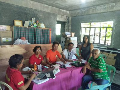 ACPC Program Management Officer for the Province of Oriental Mindoro, Mr. Jemrick Ramos (4th from left) facilitates the PLEA loan release to Mina De Oro Agrarian Reform Beneficiaries Multi-Purpose Cooperative (MAREMBECO), one of ACPC lending conduit for Oriental Mindoro on May 11, 2018. Also present are officers of the MAREMBECO Manuel Portugal (Chairman), George Arbes (Bookkeeper), Beth Rosal (Officer) and Grace Bolanos (Treasurer) (1st, 3rd, 4th and 5th from right, respectively)